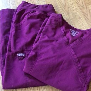 Cherokee Workwear Revolution Scrub Set